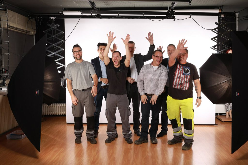 Team Uniper im Fotostudio