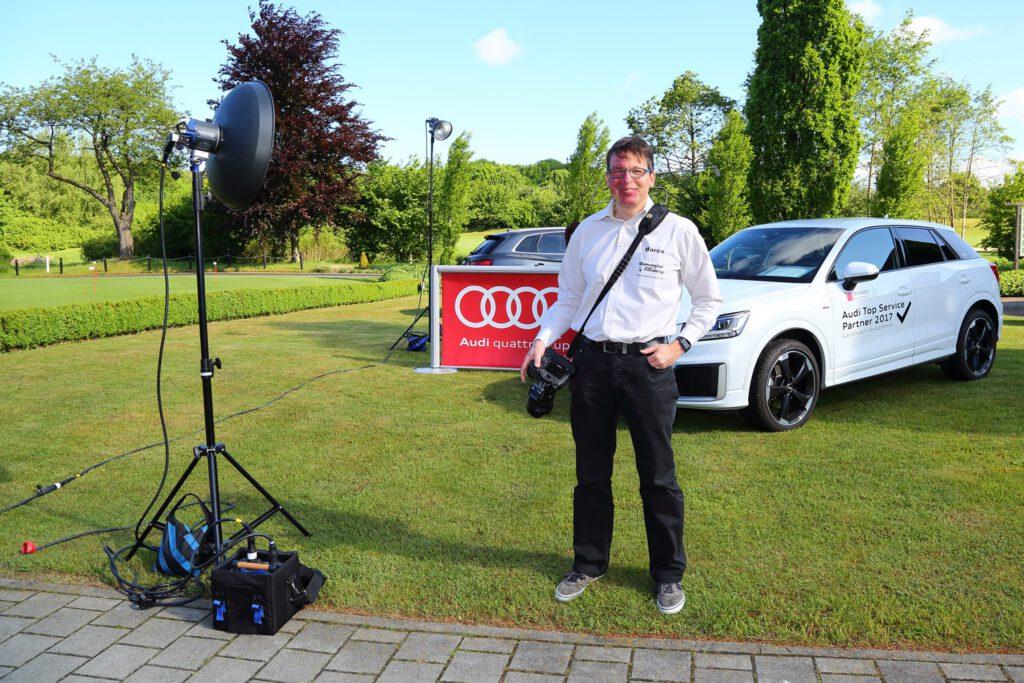 Marco Wydmuch bei der Fotografie eines Audi Golfturniers