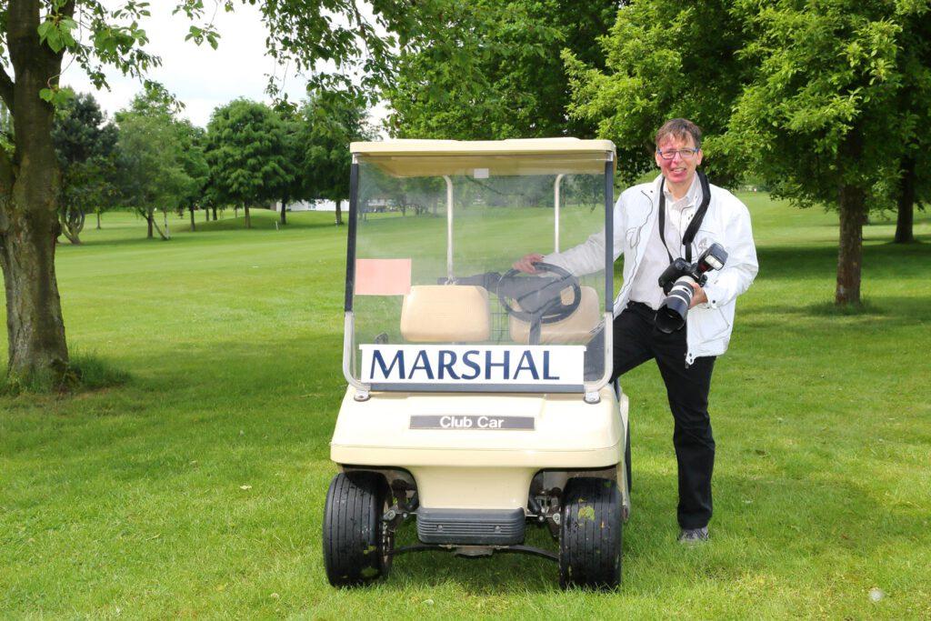 Golferfoto am Cart