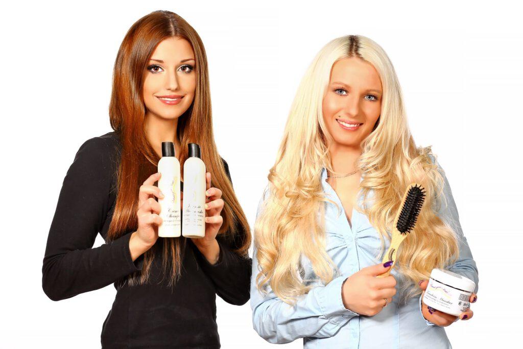 Werbeaufnahme für Haarverlängerungen mit Kunden