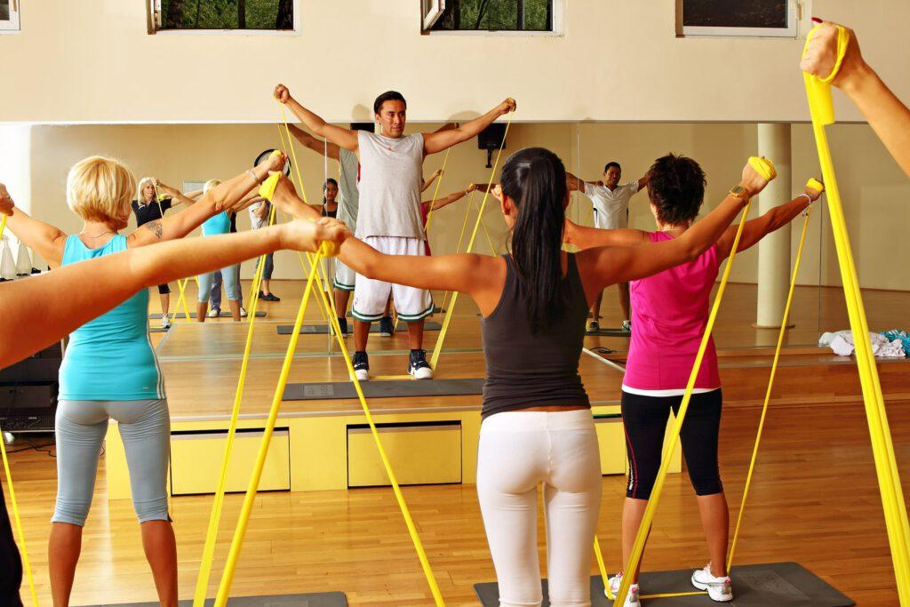 Sporttraining im Übungsraum Fitness Center